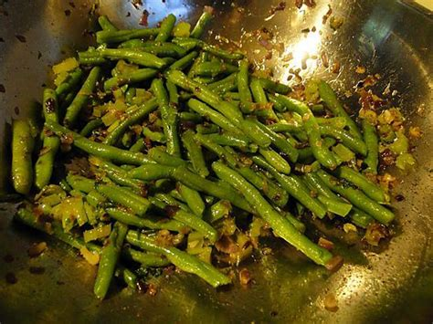 comment cuisiner les haricots verts comment cuisiner haricots verts frais