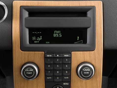 Volvo Audio System image 2011 volvo s40 4 door sedan audio system size