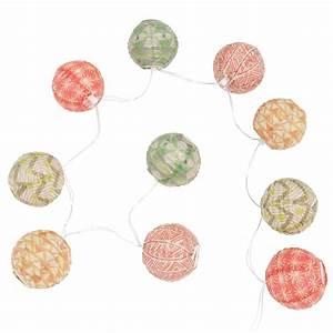 Guirlande Lumineuse Papier : guirlande lumineuse en papier color chezine maisons du monde ~ Teatrodelosmanantiales.com Idées de Décoration