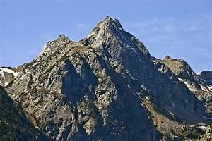 Mount Wister - Wikipedia  Mount