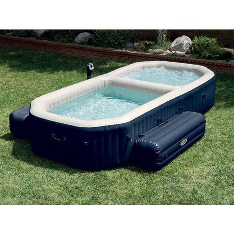 siege de piscine gonflable spa gonflable intex spa plus avec piscine intégrée