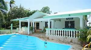 Bungalow Mit Pool : bungalow mit pool und jacuzzi in samana dominikanische republik in wittlich ferienimmobilien ~ Frokenaadalensverden.com Haus und Dekorationen