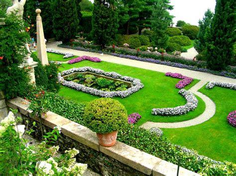 piccoli giardini fioriti top 5 i giardini fioriti pi 249 belli d italia viagginews