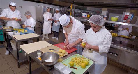 cuisine sur cours st etienne cours de cuisine st etienne fabulous cours cuisine lignac