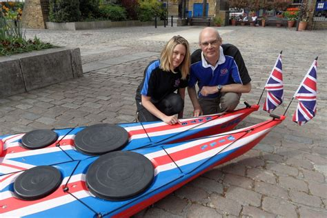 Kayak Club Boats by Royal Wedding Paddle The Guide To Kensington Chelsea