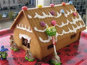 Gateau En Forme De Maison : maisons en gateaux ~ Nature-et-papiers.com Idées de Décoration