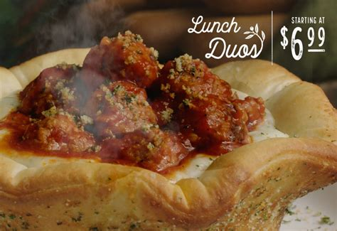 Does Olive Garden Pizza by Olive Garden S Newest Food Hybrid Is A Pizza Bowl Of