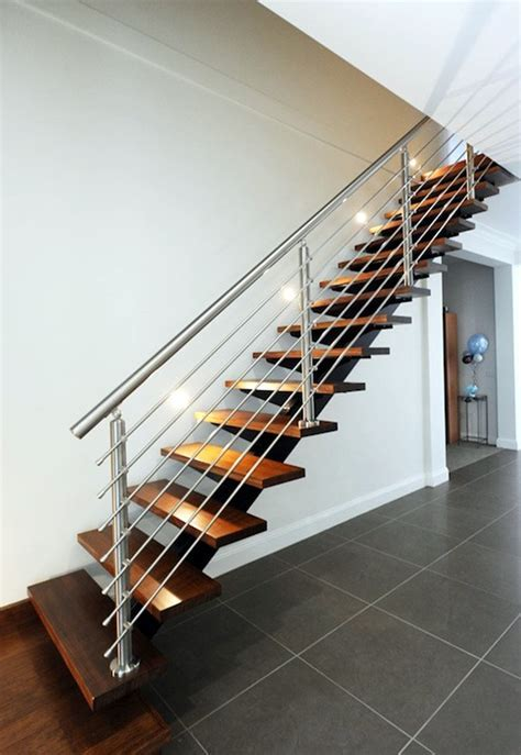40 Amazing Grill Designs For Stairs, Balcony And Windows