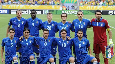 The traditional italian scopa card game with regional italian, french and spanish cards. Italien bei der EM 2016: Kader, Spielplan, Stadien und ...