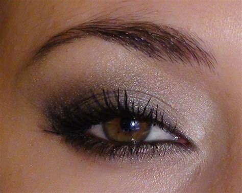 Maquillage Simple Yeux Marrons Le Maquillage Des Yeux Marrons Pour Une Soir 233 E Maquillage Des Yeux