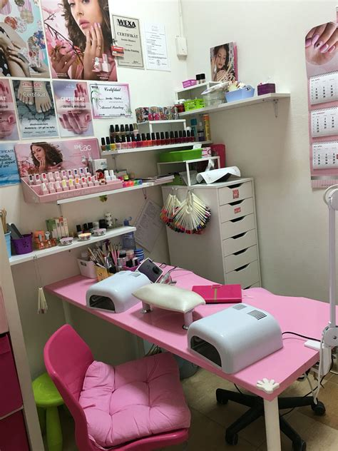 Decorating Ideas Salon Station by Small Space Nail Station Idea Home Nail Salon Ideas