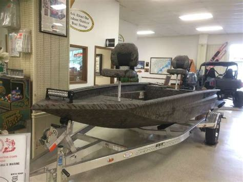 Xpress Duck Boat For Sale Craigslist by Xpress New And Used Boats For Sale