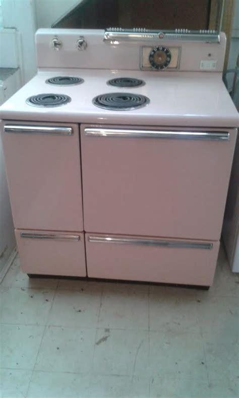 details  vintage  ge electric stove pink