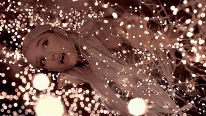 Tears Ariana Grande Left Cry Lights Hurting