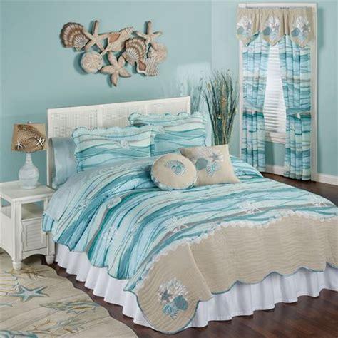 Coastal Coverlet by Seaview Coastal Quilt Set