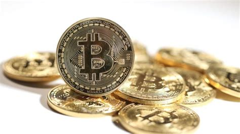 Localbitcoins is a good option for their customer interaction while binance and coinbase is a complete package. How to Choose the Best Bitcoin Exchange - Daily News Egypt