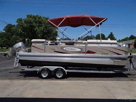 Used Voyager Pontoon Boats For Sale by Voyager Marine 22 Ski Tritoon Pontoon Boat 2009