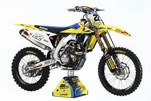 Racing Caf U00e8  Suzuki Rm