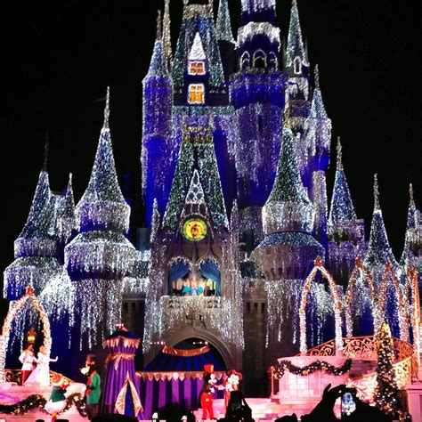 walt disney world decorations holiday celebrations on