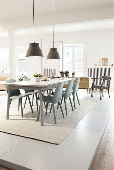 chaises design scandinave chaise de salle a manger moderne
