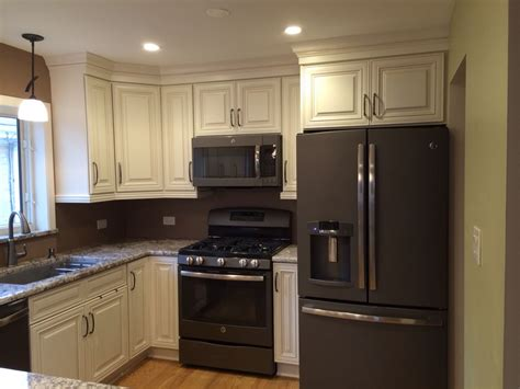 slate appliances with off white cabinets wwwresnoozecom
