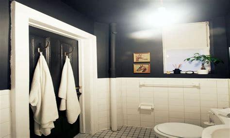 black bathroom  high ceilings bathrooms ideas