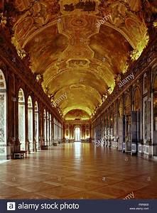 Achat Or Versailles : versailles la grande galerie des glaces louis xiv avait son p re est beaucoup plus petit ~ Medecine-chirurgie-esthetiques.com Avis de Voitures