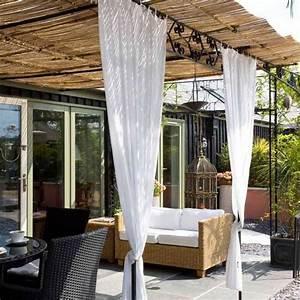 22 backyard patio ideas that beautify backyard designs for Outdoor patio curtains ideas