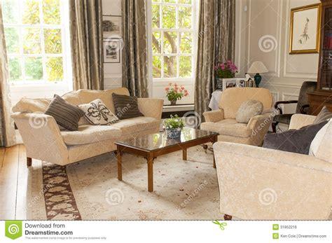 Country Style Living Room by Englische Teestube Oder Wohnzimmer Lizenzfreies Stockbild