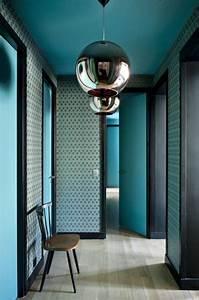 Papier Peint Bleu Canard : choisir un papier peint de couloir original ~ Farleysfitness.com Idées de Décoration