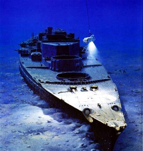 Breathtaking War Wrecks From Around The World [photos]