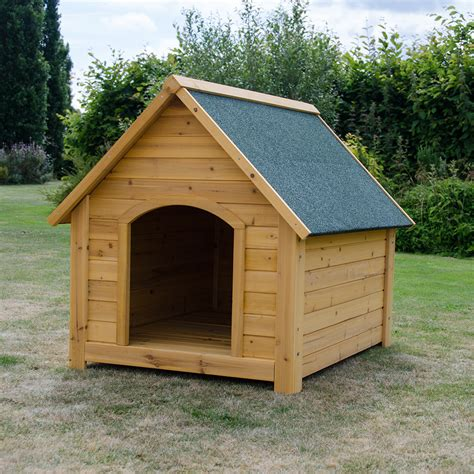 outdoor kennel large wooden kennel pet house outdoor shelter