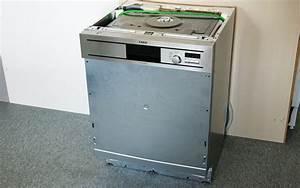 Einbau geschirrspulmaschine haus ideen for Einbau geschirrspülmaschine