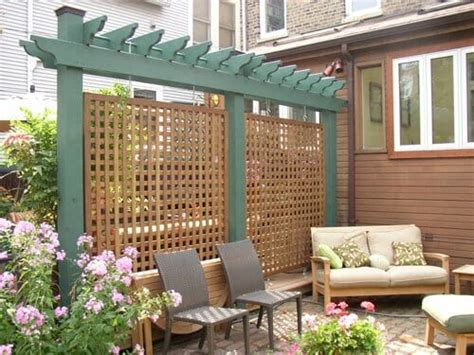 Backyard Privacy Screens Trellis - 10 ways to take your deck from plain to polished modernize