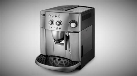 De'Longhi Magnifica ESAM4200 Review: Bean To Cup Coffee Machine