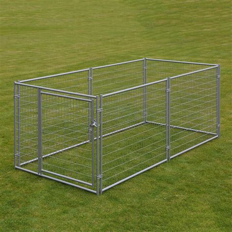 large chain link xx dog kennel pet  fence