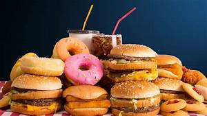 Junk food ads face online ban in UK - BBC News
