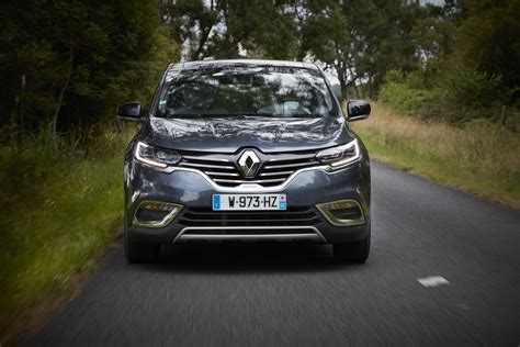 renault espace renault launches 2017 espace with alpine s turbo engine