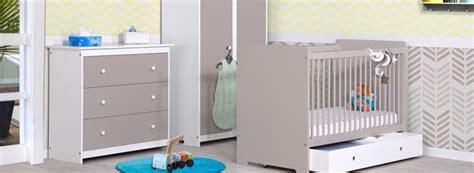 comment décorer chambre bébé fille comment decorer chambre bebe fille maison design bahbe com