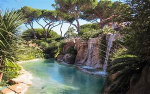 10 waterworld piscine naturelle avec cascade et mur d39eau With piscine avec cascade d eau