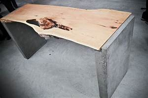 Table Beton Bois : live edge locust office desk on concrete base bois ~ Premium-room.com Idées de Décoration
