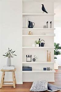 Regal Dekorativ Einrichten : 25 best ideas about shelves on pinterest kitchen shelf interior open shelving and kitchen plants ~ Eleganceandgraceweddings.com Haus und Dekorationen
