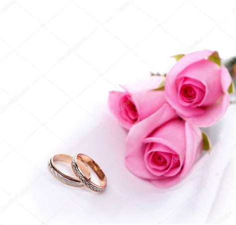 wedding rings and roses bouquet 169 tihon6