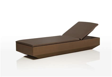 protection chaise vela chaise lounge by vondom stylepark