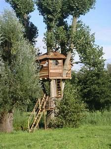 Treppe Bauen Garten : ein baumhaus f r kinder im garten bauen n tzliche tipps ~ Lizthompson.info Haus und Dekorationen