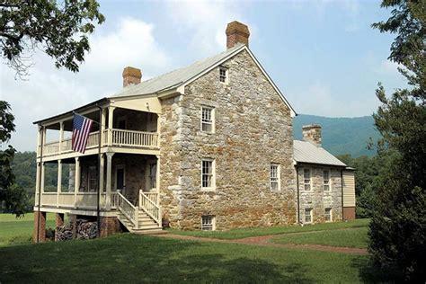 Stein Auf Stein Fertighaus by Preserving A House In Virginia Restoration
