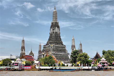 Visiting Wat Arun In Bangkok