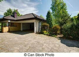 Tür Garage Haus : farbe haus modern garage karamell t r staircase modern garage karamell haus ~ Sanjose-hotels-ca.com Haus und Dekorationen