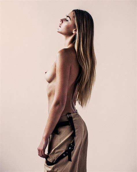 Fust nude jolina Jolina nude