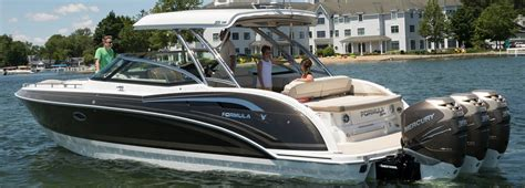 Formula Boats With Outboards by 350 Crossover Bowrider Available With Outboard Or